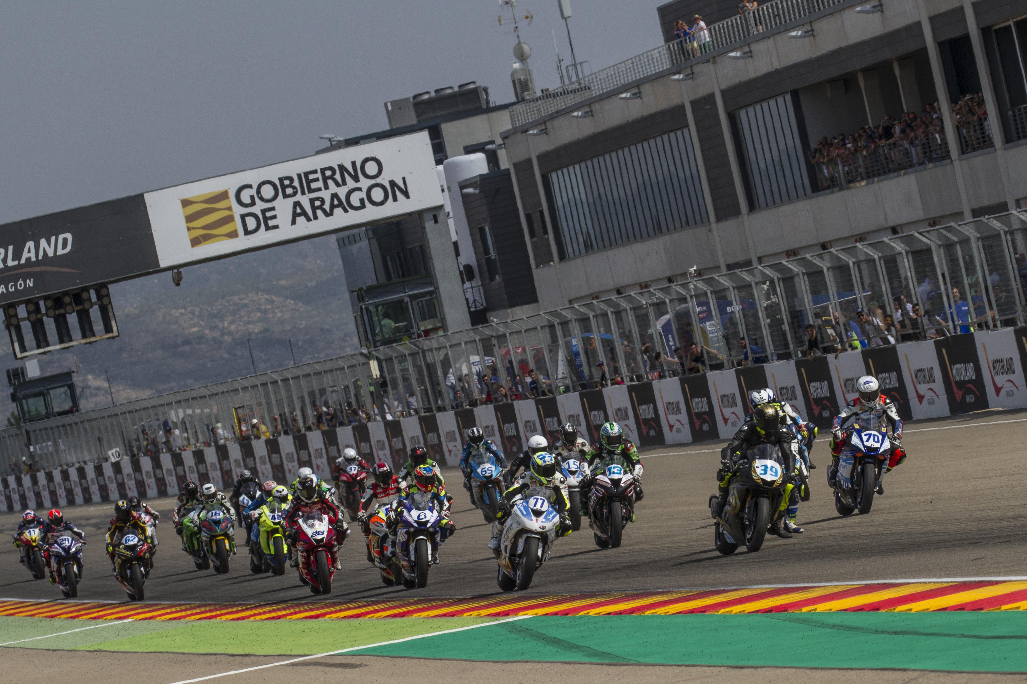 Circuito Motorland : Intenso fin de semana con doble manga en el circuito de motorland